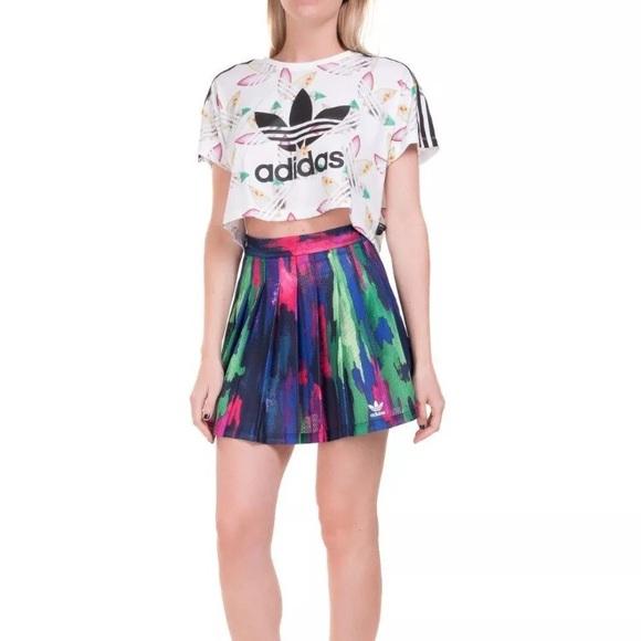 2a3fedd841753 Women s Pharrell Williams Camo Skirt. NWT. adidas.  M 5b72254e800deed5a8b4981c. M 5b72254f1070ee4488007323.  M 5b721dacc2e88ee207256745